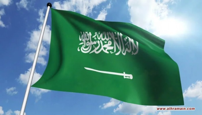 كاتب سعودي يصف الفلسطينيين بالحمير وداعميهم بالبهائم
