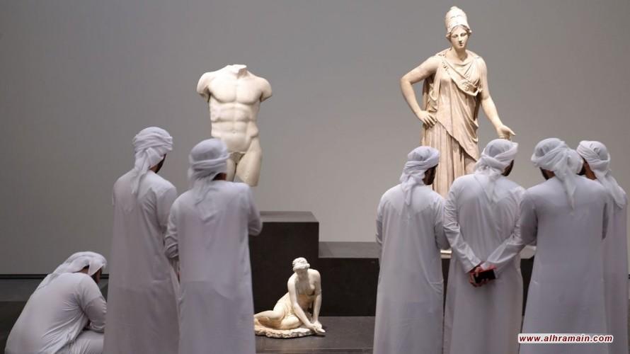دبلوماسية ثقافية مزيفة: عن سباق الإمارات والسعودية في بناء المتاحف