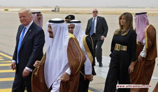 الأوبزرفر: مسؤولون سعوديون يرون في زيارة ترامب إعادة لتدشين النظام في الشرق الأوسط