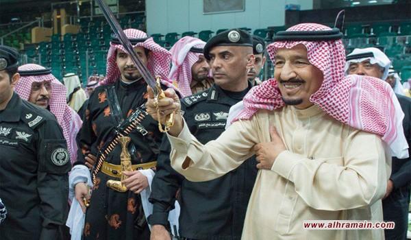 """إعلامي كويتي عن احتفالات السعودية بعيدها الوطني: """"ناس تحارب بالجبهات وناس تهز المؤخرات"""""""