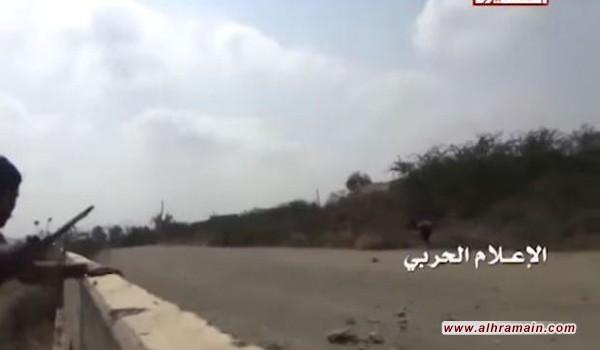 """مشاهد اقتحام الجيش اليمني و""""اللجان الشعبية"""" لمواقع سعودية في جيزان"""