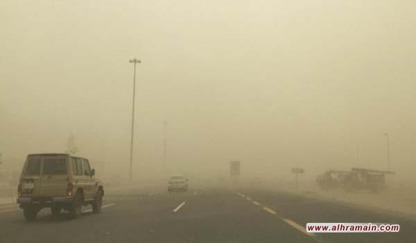 إغلاق المدارس بسبب موجة غبار تضرب السعودية