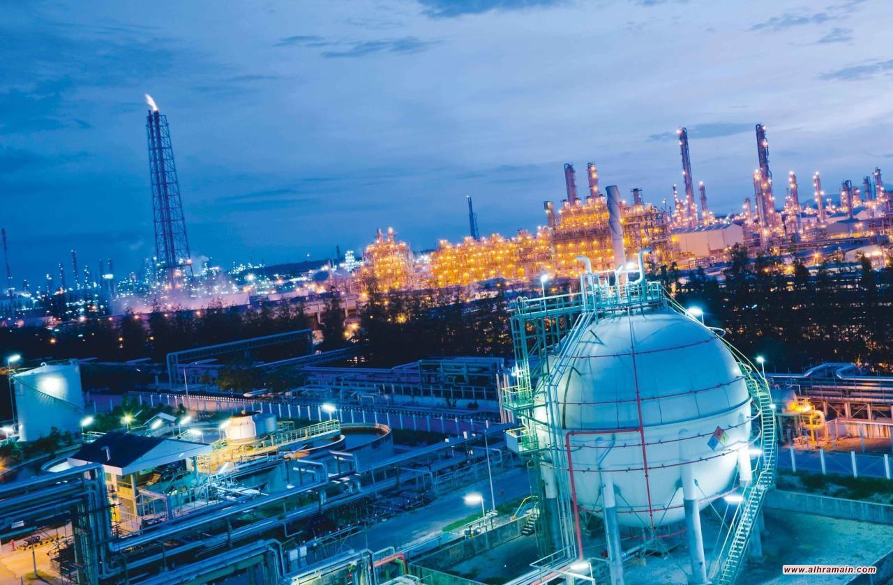 توقعات بزيادة صادرات النفط السعودي بعد انتهاء فترة الإعفاء من الالتزام بالعقوبات الأمريكية على إيران