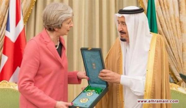 هل يعود النجاح الكبير لزيارة السيدة تيريزا ماي للسعودية الى رفضها تغطية رأسها