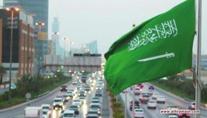 إيرادات السعودية تتراجع للنصف في الربع الثاني من 2020