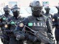 السعودية تعلن تفاصيل عملية أمنية بمدينة الدمام استهدفت عناصر كانت تعد لتفجير سيارة مفخخة مقتل ومسلحيّن في اشتباكات مع إرهابيين مطلوبين