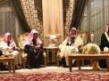 مفتي السعودية بعد عشاء مع ابن سلمان: على خطباء الجمعة عدم الحديث بالسياسة