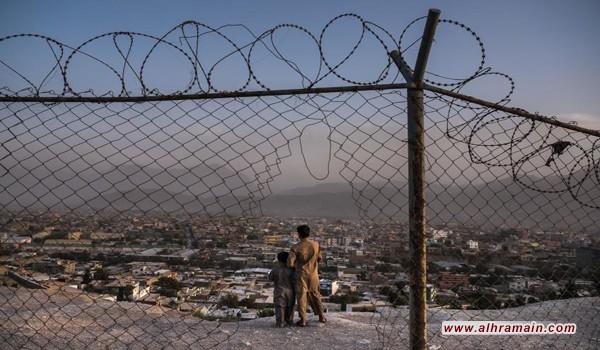 «نيويورك تايمز»: السعودية تدعم الحكومة الأفغانية و«طالبان» في آن واحد