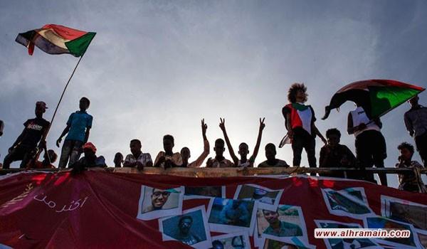 لوب لوغ: ثورة السودان بين أنياب السعودية والإمارات